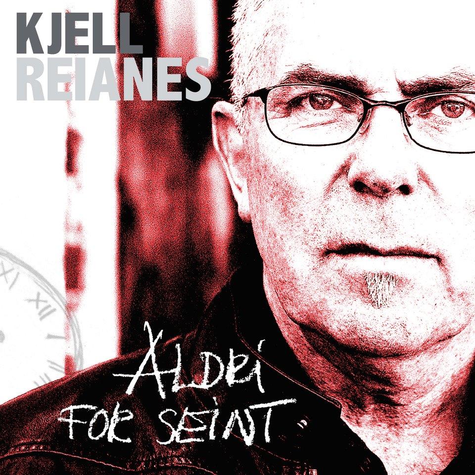 """Fredag den 13. januar slapp Kjell Reianes i en alder av 61, debutskiva """"Aldri for seint"""". Dette er ei helstøpt, iørefallende og velprodusert plate som oser av varme og nærhet. […]"""