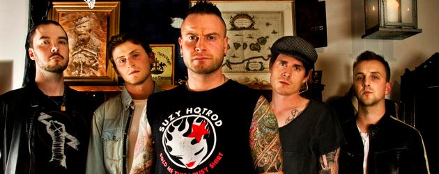 Rockerne i Dirt Inc slipper «u-norsk» Rock n Roll debut mandag 11.November 2013. Allerede i morgen, fredag 8. november, kan du ta turen innom Gamla Beat Bar (Oslo) for å […]